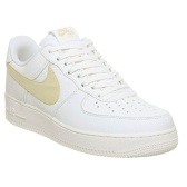 Nike Air Force 1 07 浅黄色 swoosh 运动鞋