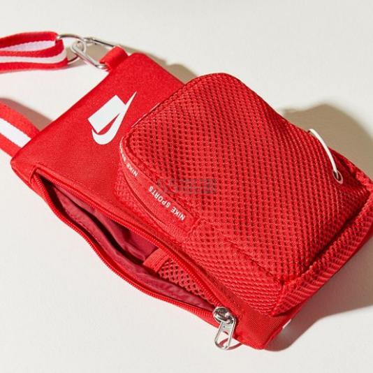 Nike 耐克 Sports Small Items 斜挎包 .99(约171元) - 海淘优惠海淘折扣|55海淘网
