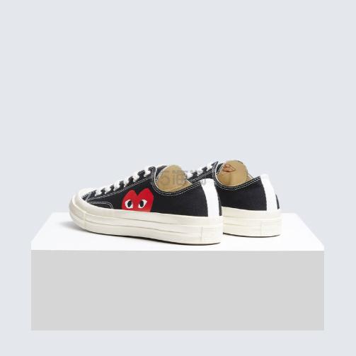 【码全】Converse X CDG PLAY 黑色爱心低帮女士帆布鞋 5(约957元) - 海淘优惠海淘折扣|55海淘网