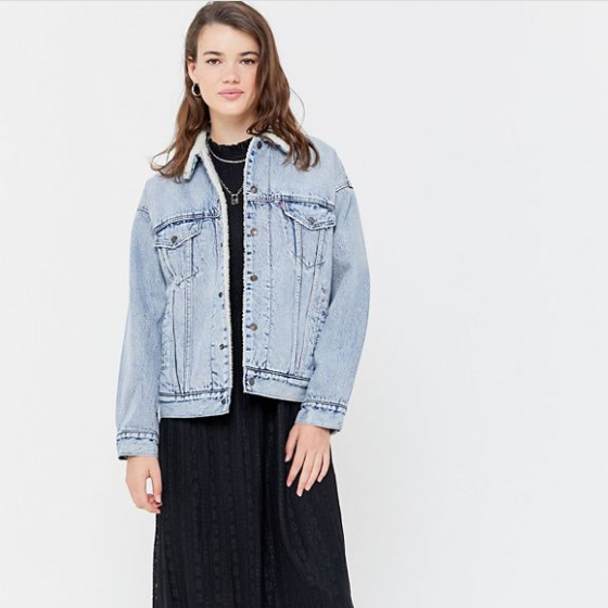 Urban Outfitters US:精选 Levi's、Champion 等品牌外套