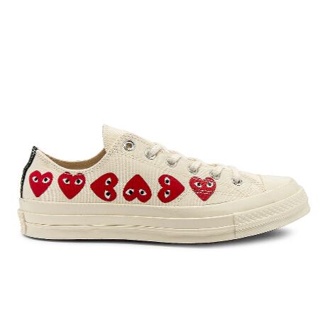 COMME DES GARCONS PLAY 多心图案帆布鞋