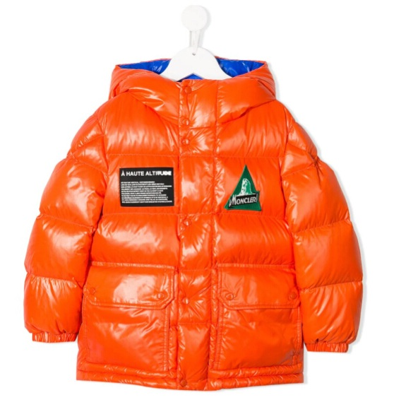 MONCLER KIDS Outdoors贴花羽绒夹克