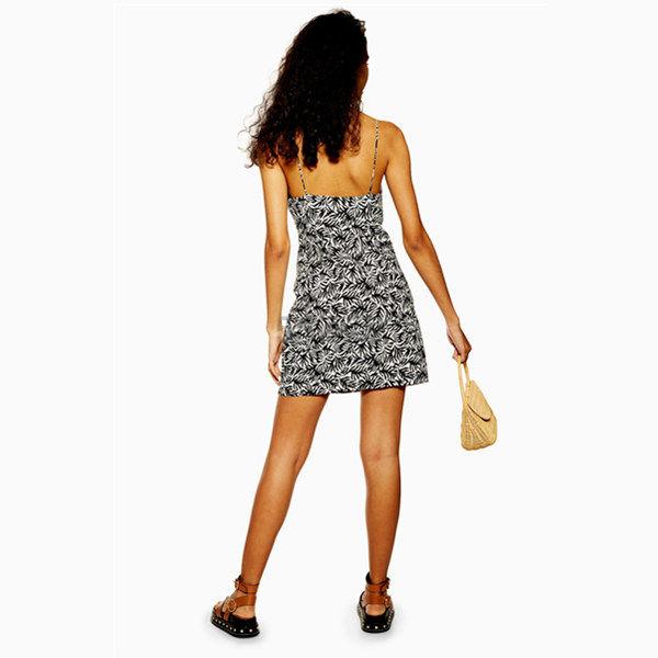 Topshop 印花 V领 吊带连衣裙 £20(约174元) - 海淘优惠海淘折扣|55海淘网