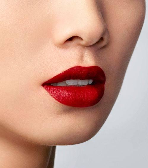 Armani 阿玛尼 限量金管丝绒臻致唇釉 #Red