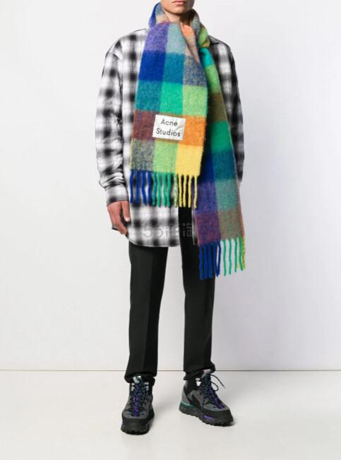 刘雯最新同款 ACNE STUDIOS checked 格纹围巾 ¥2,100 - 海淘优惠海淘折扣|55海淘网