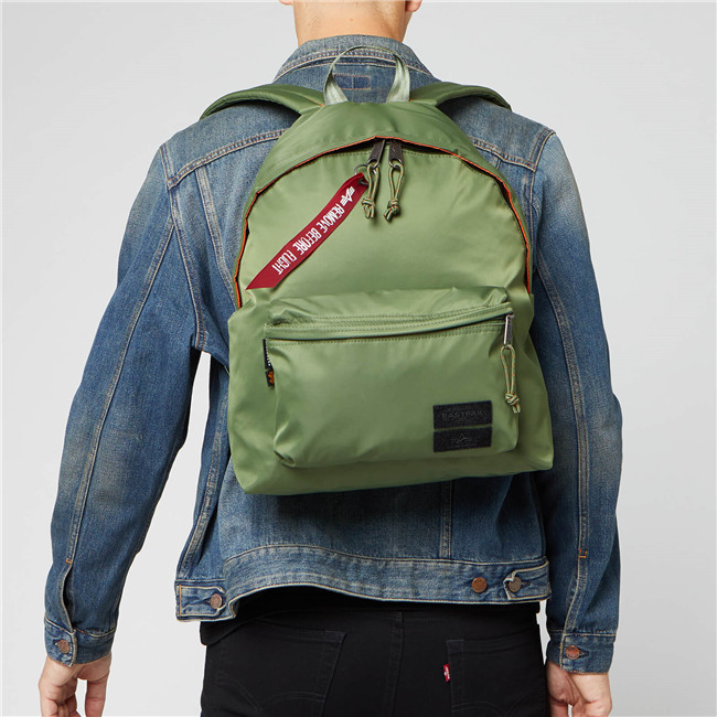 Eastpak X Alpha Industries 男士双肩包