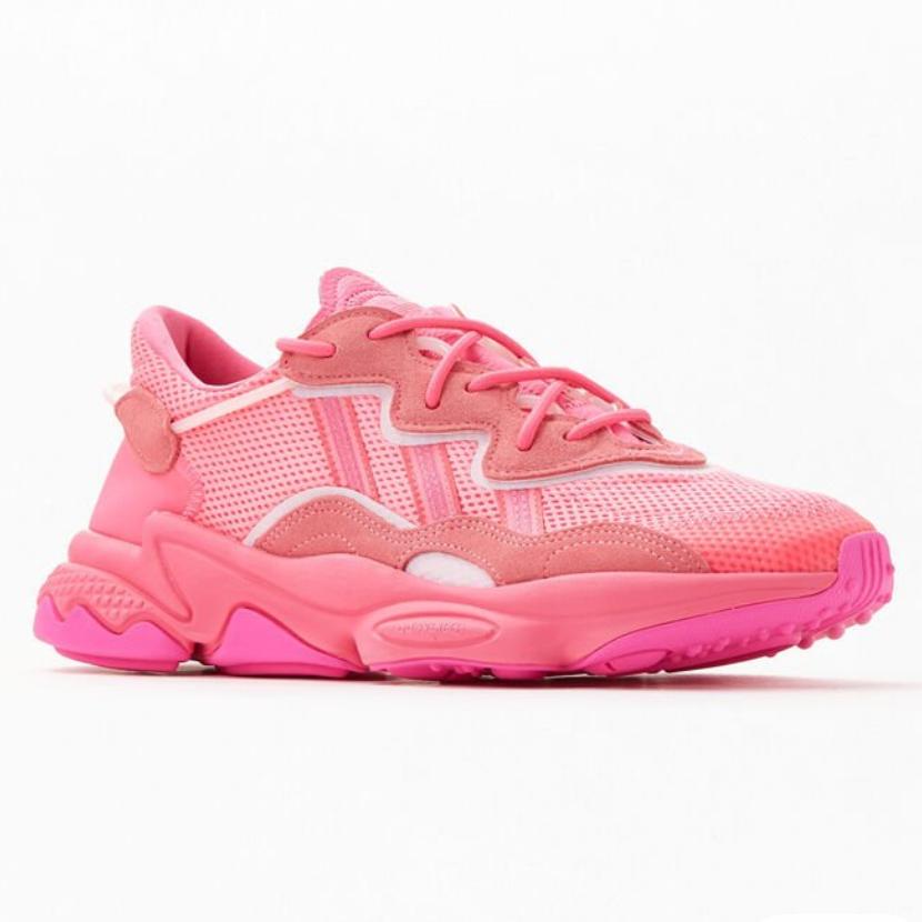 adidas 阿迪达斯 Ozweego 粉色运动鞋
