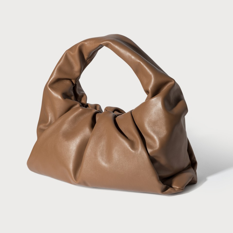 Bottega Veneta 葆蝶家 The Shoulder Pouch 单肩包