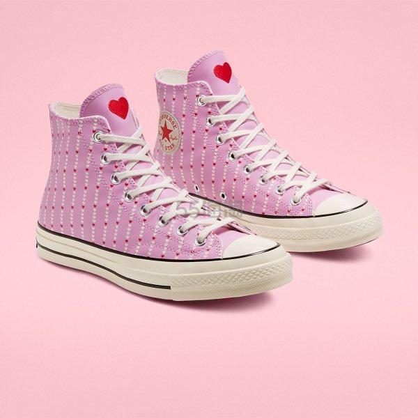 Converse 匡威 Love Fearlessly Chuck 70 情人节限定系列 粉色爱心高帮鞋 .98(约294元) - 海淘优惠海淘折扣|55海淘网