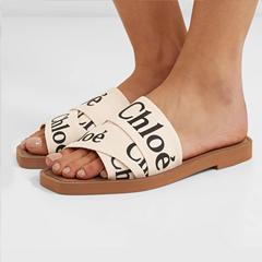库存告急【8.5折】!CHLOÉ Woody Logo 印花帆布拖鞋