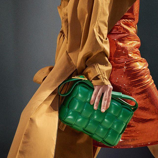 Moda Operandi:精选 Bottega Veneta、Jacquemus 等设计师品牌服饰鞋包