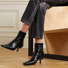 【8.3折】BY FAR Lange 皮革踝靴