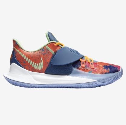 Nike Kyrie Low 3 Sneakers