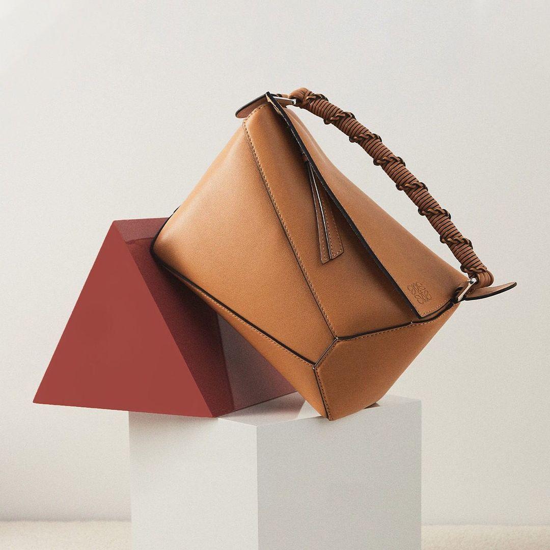 Harrods US:LOEWE罗意威 包袋、鞋服热卖 收Puzzle、Gate
