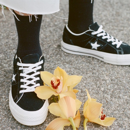 Converse 匡威英国官网:精选 One Star 系列休闲鞋
