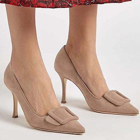 MANOLO BLAHNIK Maysale 90 方扣裸色高跟鞋
