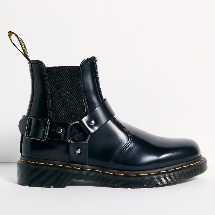 Dr. Martens Wincox Chelsea Boots