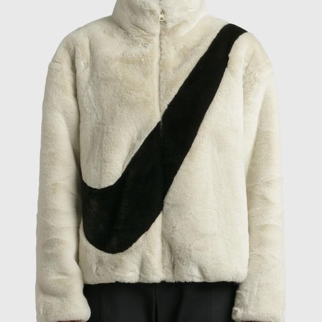 HBX:NIKE FAUX FUR 羊羔绒外套 白色