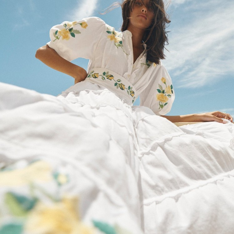 Moda Operandi: Loewe、Balenciaga、Zimmermann 等春夏系列新用户享8.5折