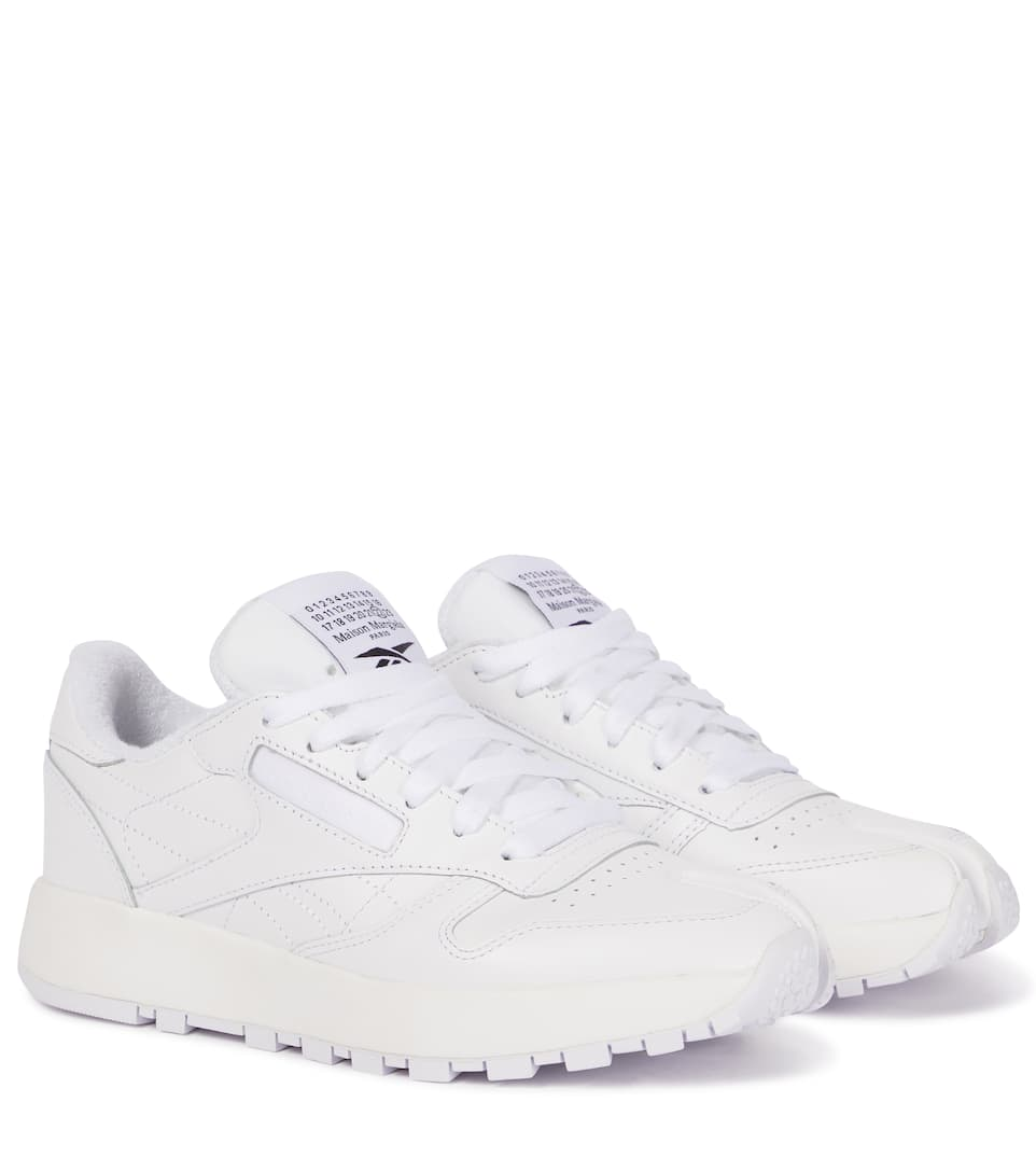 Mytheresa官网:MAISON MARGIELA x Reebok 白色 分趾皮革运动鞋