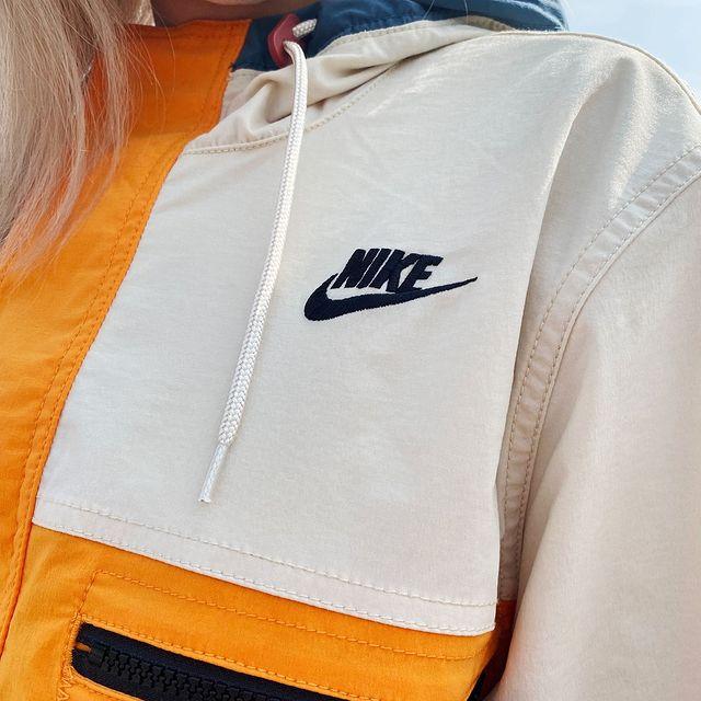 Famous Footwear官网:精选nike折扣区