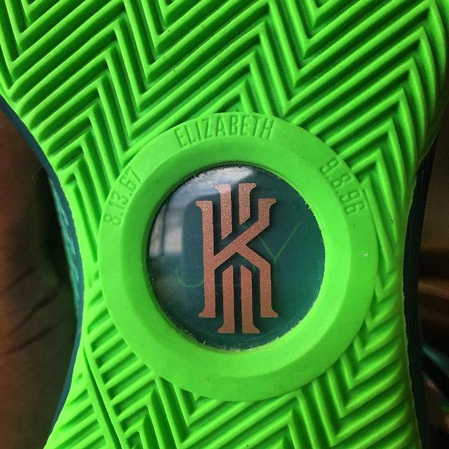 Eastbay官网:Kyrie欧文篮球鞋系列