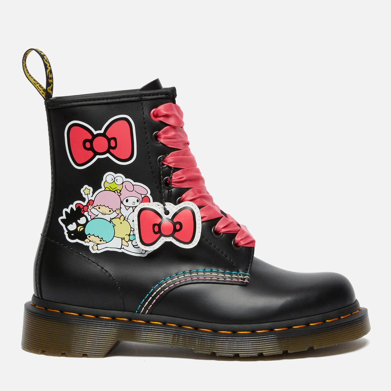 【上新】DR. MARTENS X Hello Kitty 联名系列马丁靴