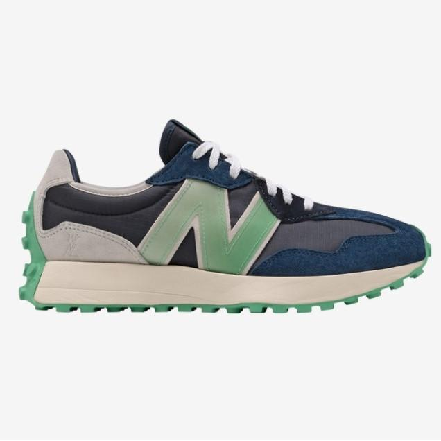 New Balance WNL x NB 327 Sneakers