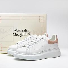 SSENSE中国站:Alexander McQueen 潮鞋美衣上新