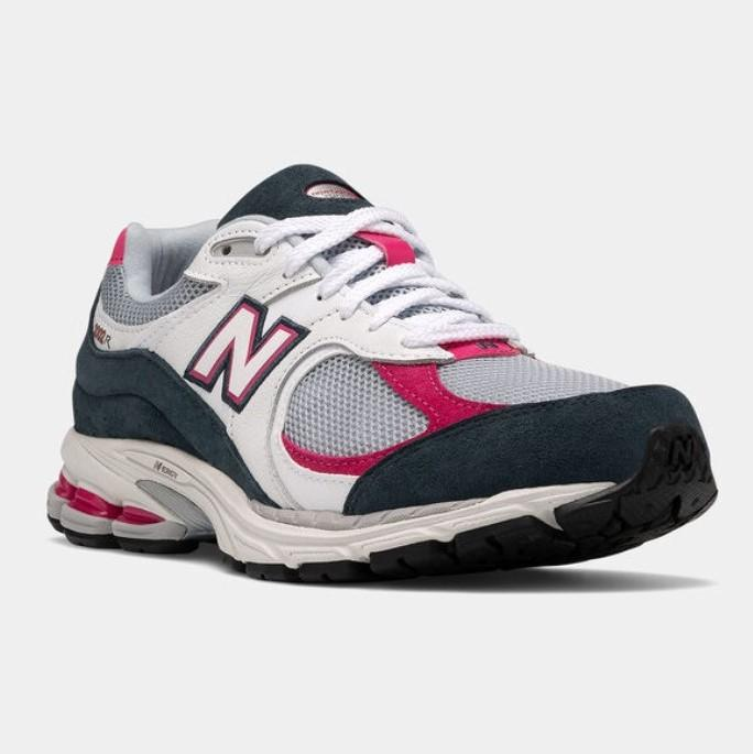 New Balance: Up to 50% OFF