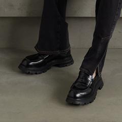 【新品上架】ALEXANDER MCQUEEN 麦昆厚底大头乐福鞋