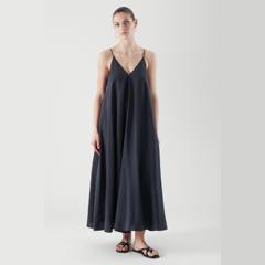 【上新】COS  V 领吊带连衣裙 8折