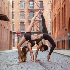 Alo Yoga:精选明星同款 时尚健身装瑜伽服饰