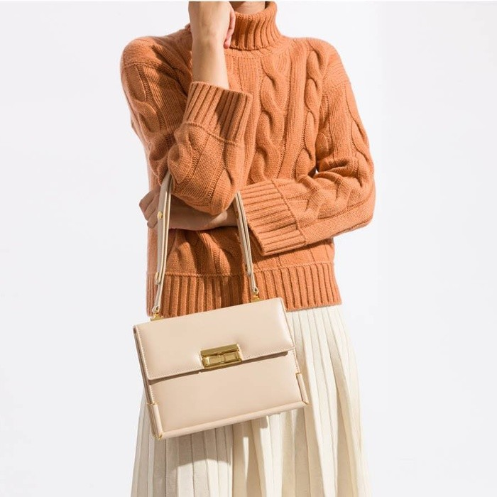 Mirta: Up to Extra 20% OFF Bags