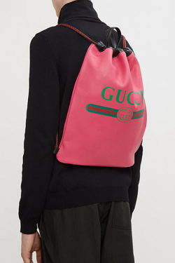 GUCCI Logo Drawstring Leather Backpack in Pink