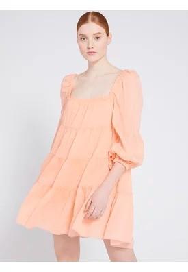 方领连衣裙