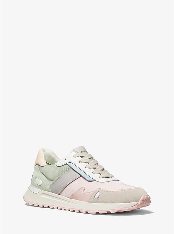 马卡龙色系运动鞋