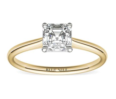 18k金小巧单石订婚戒指