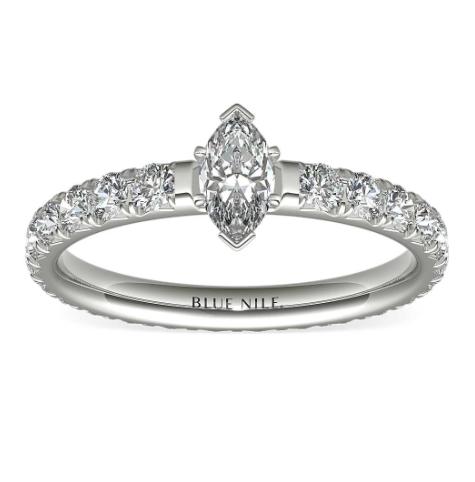 铂金Blue Nile Studio法式密钉钻石永恒订婚戒指