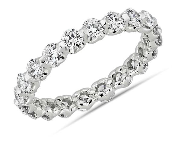 浮动钻石永恒戒指