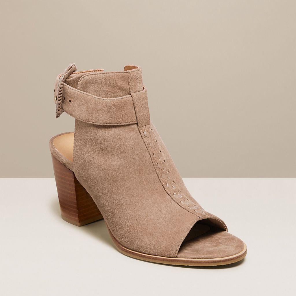 IZZIE 麂皮露趾高跟鞋
