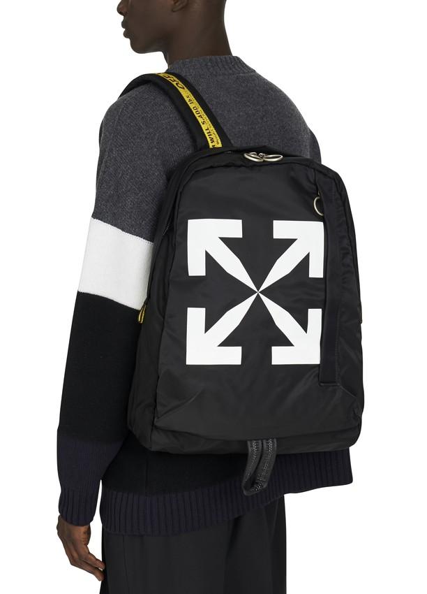 OFF-WHITE 经典背包