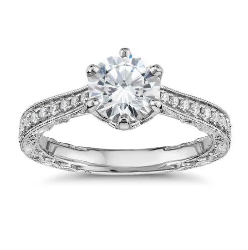 白金六镶爪手工雕刻钻石订婚戒指