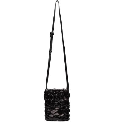 黑色花朵斜挎包