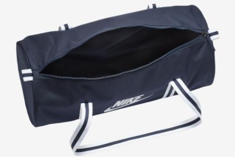 Nike 大包