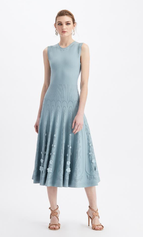 全裙针织连衣裙