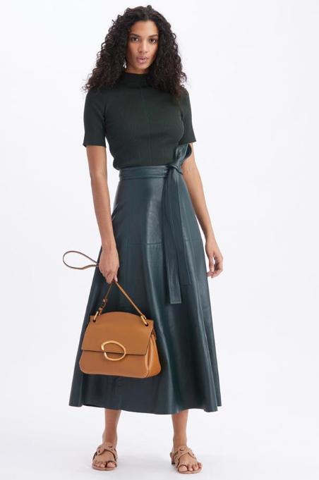皮革半身裙