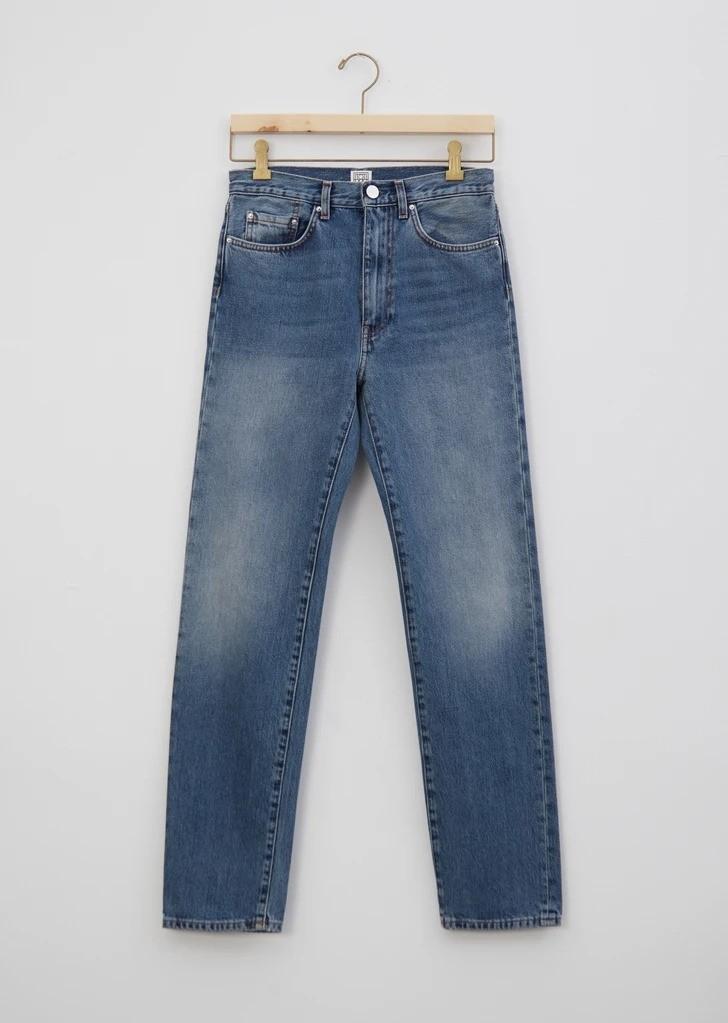 基础款牛仔裤