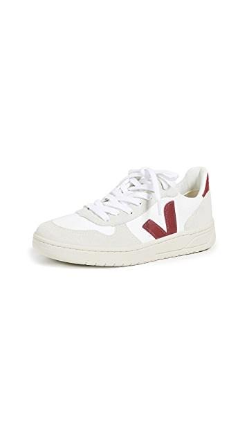 V-10 系带运动鞋
