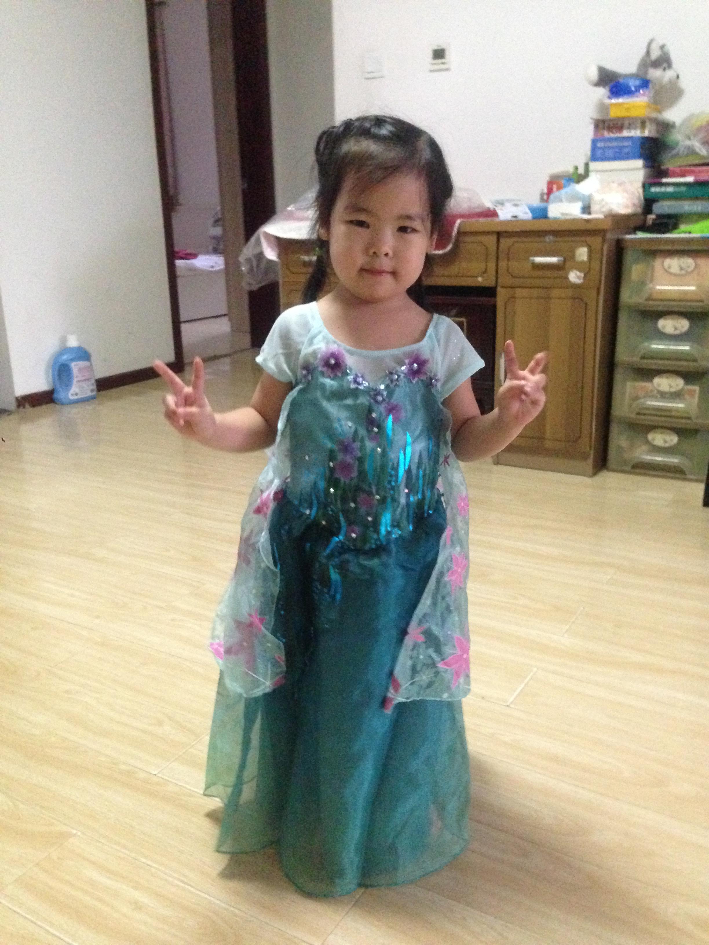 Elsa裙真人秀